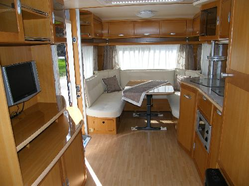 caravan reisemobil. Black Bedroom Furniture Sets. Home Design Ideas